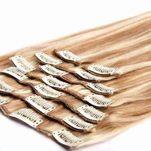 extensiones de clip con mechas rubias